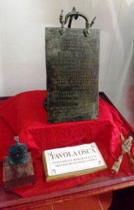 Copia della TAVOLA OSCA a Palazzo San Francesco di Agnone. L'originale è al British Museum di Londra