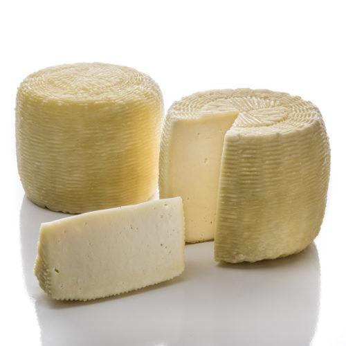 Caciotta vaccina semistagionata, formaggi particolari, Caseificio Di Nucci