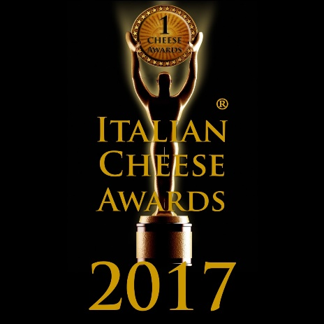 Stracciata | Italian Cheese Awards 2017 | Caseificio Di Nucci