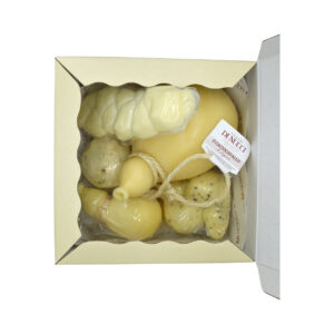scatola regalo, formaggi Di Nucci, caciocavallo semistagionato, caciocavallo di agnone, manteca, treccia, ricotta salata, scamorze di pasta di caciocavallo con tartufo